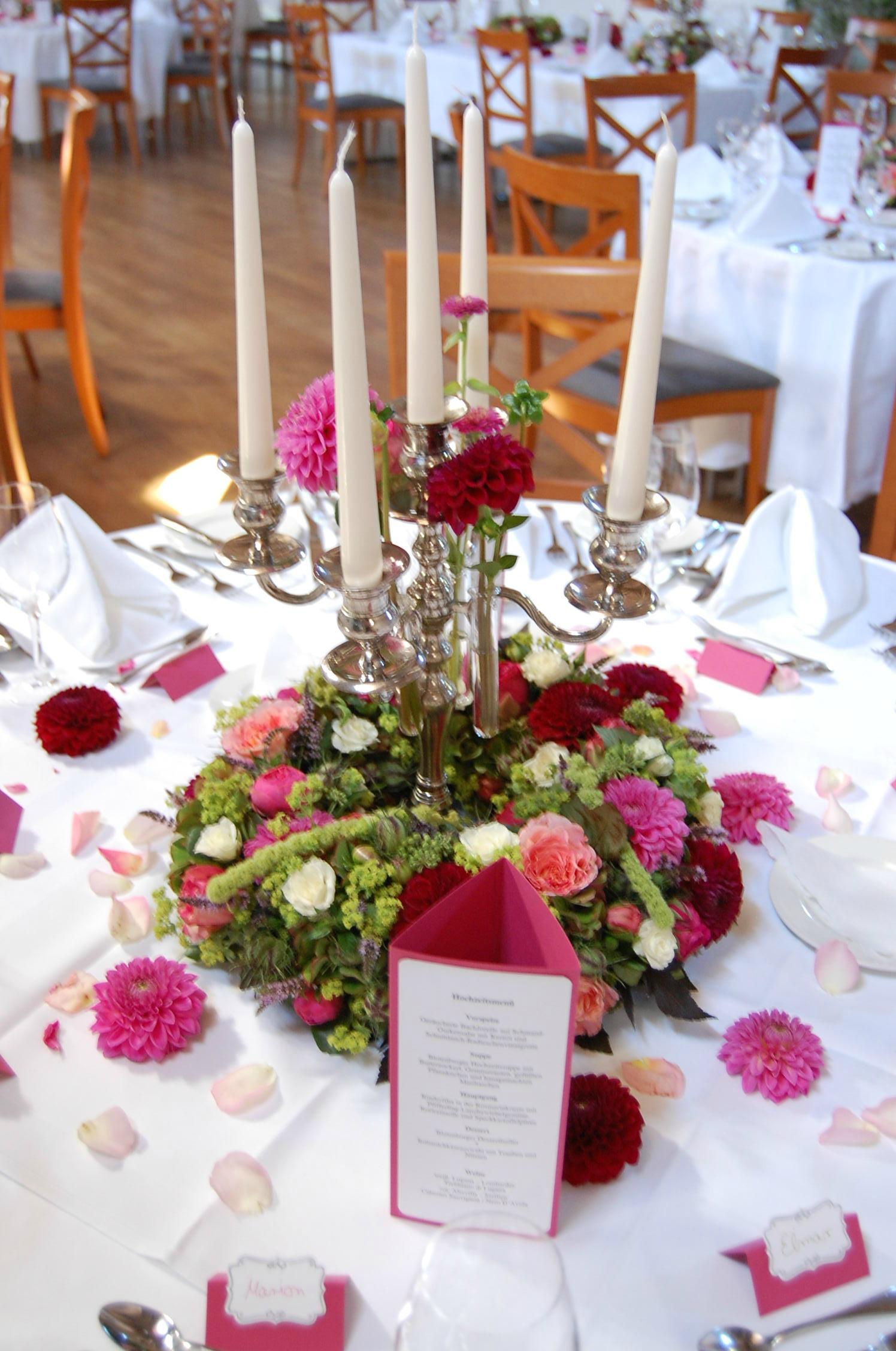 Hochzeitstisch Blumen
